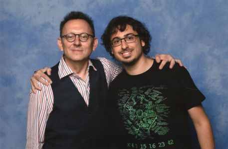 Ben Linus en Lost, Harold Finch en Person of Interest, también Saw 1