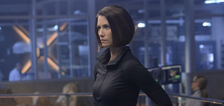 """""""Blood Bonds"""" -- With Astra in captivity at the DEO, her husband, Non (Chris Vance), captures Hank, leading to a tense standoff between the two sides. Also, Kara continues to refute Cat's allegations that she is Supergirl, on SUPERGIRL, Monday, Jan. 4 (8:00-9:00 PM) on the CBS Television Network. Pictured: Chyler Leigh Photo: Darren Michaels/Warner Bros. Entertainment Inc. © 2015 WBEI. All rights reserved"""
