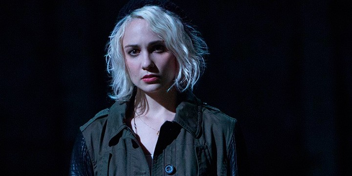 Tuppence-Middletton,-Riley-en-Sense8