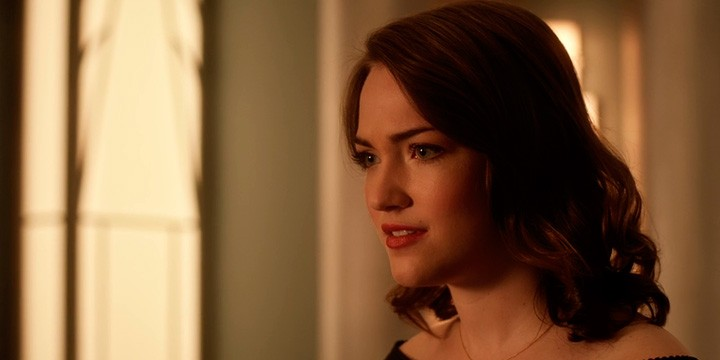 Violett Beane, Jesse Wells en The Flash