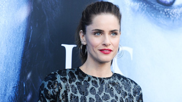"LOS ANGELES, CA - JULY 12:  Actress Amanda Peet attends the season 7 premiere of ""Game Of Thrones"" at Walt Disney Concert Hall on July 12, 2017 in Los Angeles, California.  (Photo by Jason LaVeris/FilmMagic)"