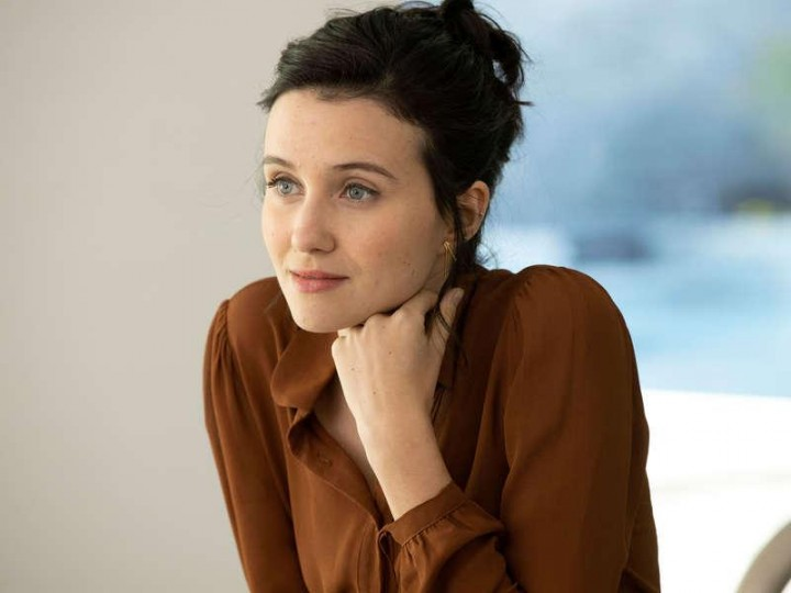 Julia Goldani Telles, Whitney en The Affair